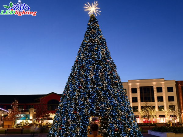 20 Ft Christmas Tree.Led Cone Christmas Tree 3d Motif Spiral Tree 10m Outdoor Led